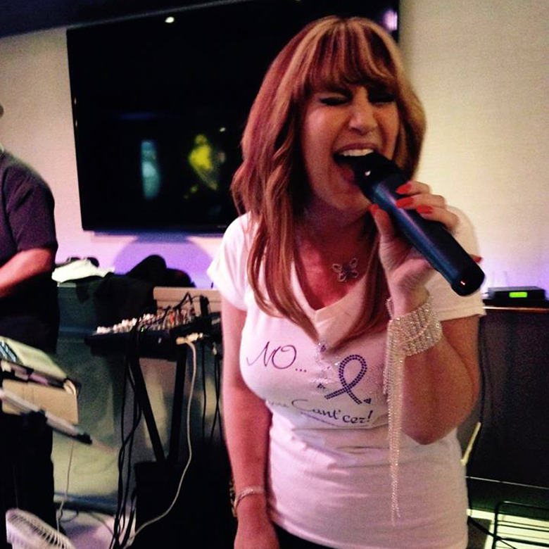 Melissa Marshall Singing 780x780