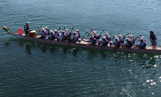 Dragon Boat Racing Keeps Lori Thriving After a Liver Cancer Diagnosis